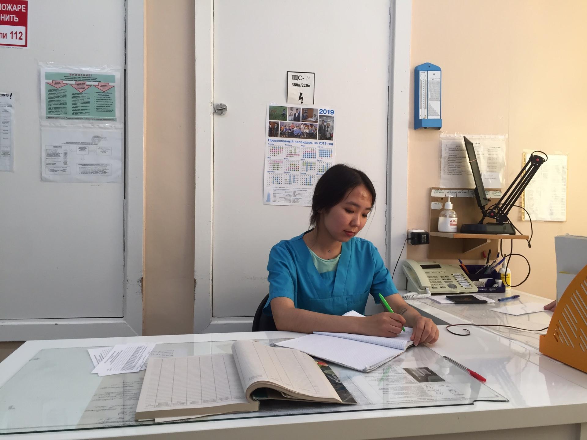 В Иркутском областном госпитале ветеранов войн летом работали бойцы студенческого медицинского отряда «Эскулап»